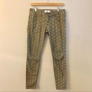 CABI Khaki Skinny Jeans Sz 2, fits like a 4